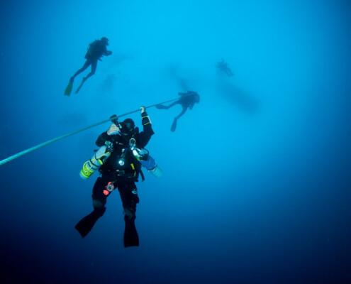 Glups diving realizando curso Padi Tec 50